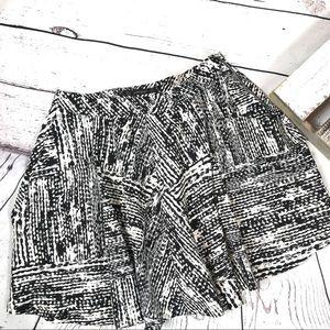 Zara Basic Black Offwhite Skater Skirt with Pocket